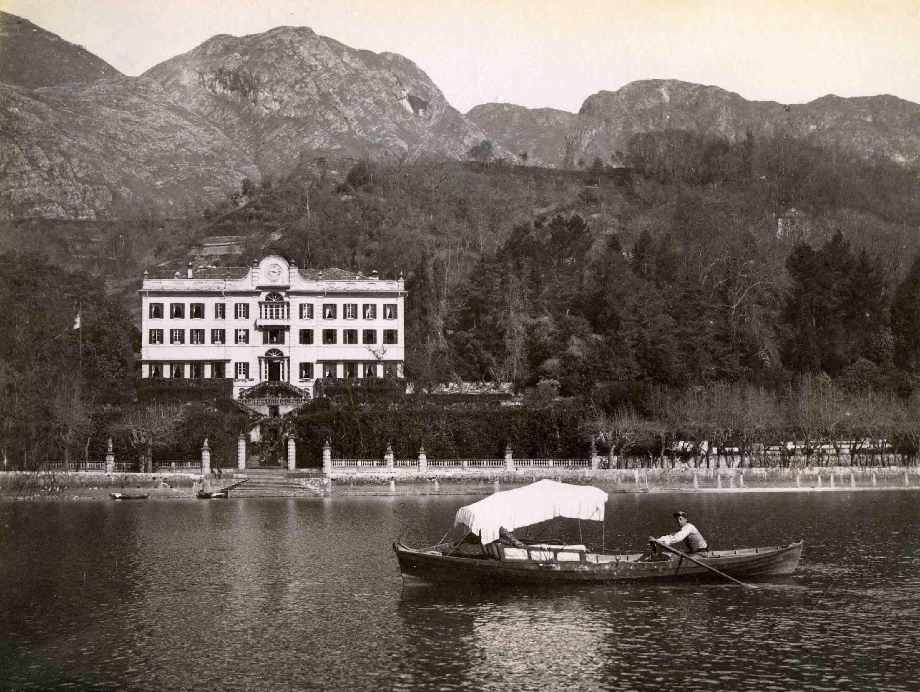 """""""Chiare, fresche e dolci acque…"""": mostra fotografica a Villa Carlotta"""