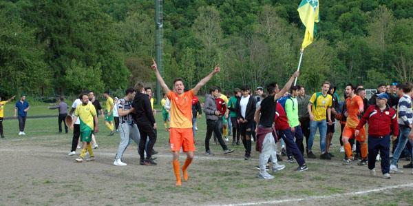 Grande successo per la Porlezzese Calcio: passaggio di categoria