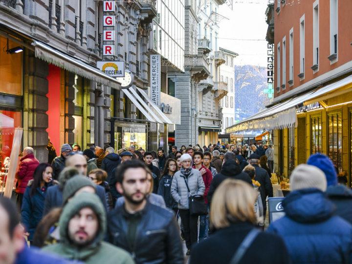 Aperture domenicali dei negozi a Lugano e trasporti gratuiti a Natale